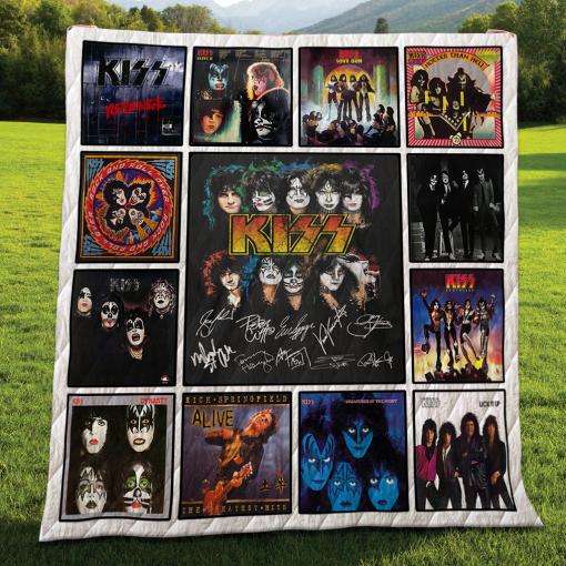Kiss Quilt Blanket For Fans